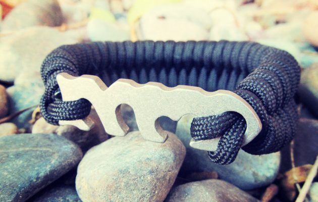 Spendr.nl featured Fish Bone Paracord armband