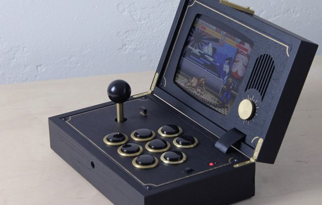 Spendr.nl featured Love Hulten R-KAID-R retro console