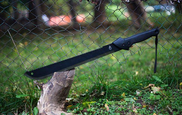Spendr.nl featured - gerber gator machete