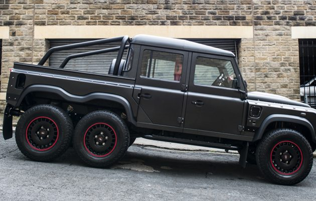 Land Rover Defender Flying Huntsman 6x6 truck