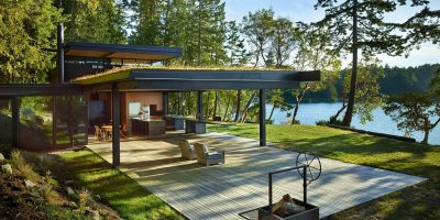Olson Kundig Pole Pass hut aan meer